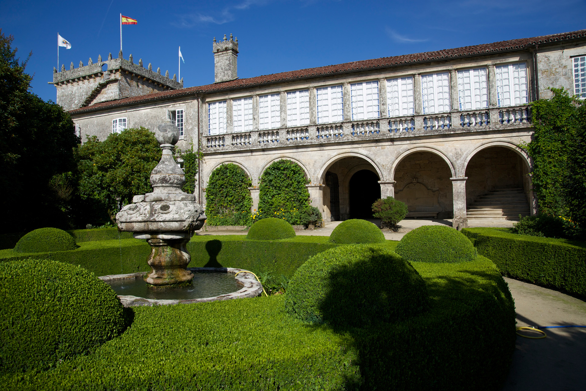 8227e8e84fee2 ... 5 noches Hotel con Encanto + 3 Excursiones Regulares a elegir día -  Alojamientos en santiago